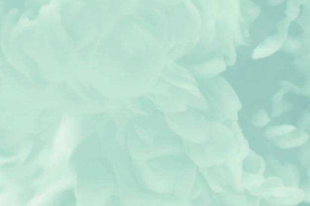 Яркий зеленый акварельный фон