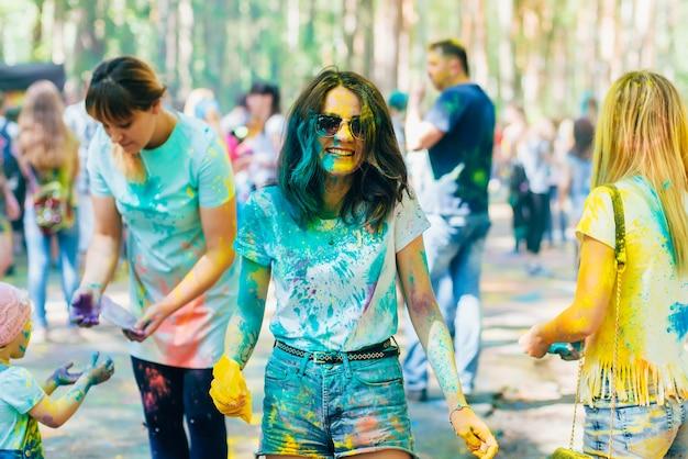 Vichuga, russia - june 17, 2018: festival of colors holi. happy girls