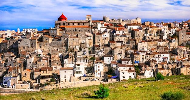 イタリアで最も美しい村の1つであるヴィーコデルガルガーノ