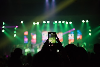 Video recording of the concert on the phone a smartphone.