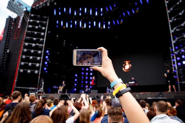 携帯電話でのビデオ録画