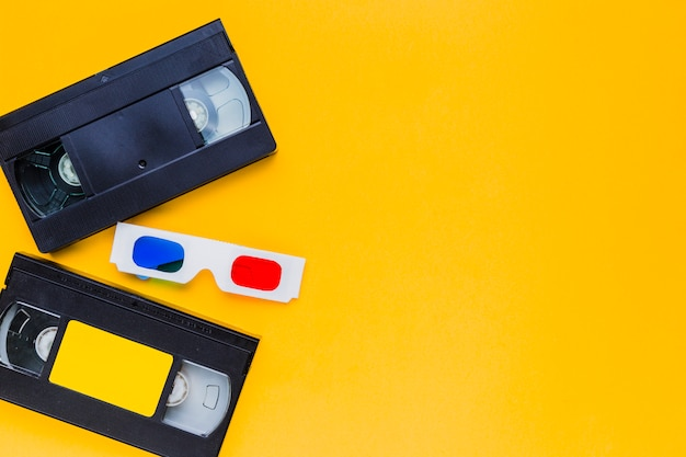 Videotape with 3d glasses