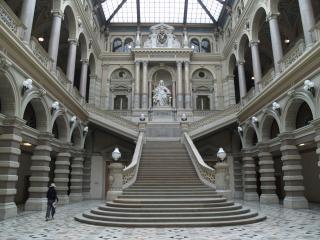 Vienna - palace of justice