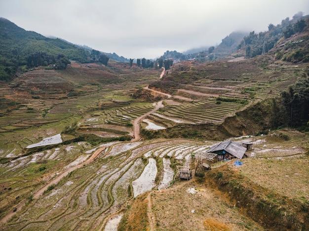 베트남, sa pa, 안개에 덮인 논. 상위 뷰, 조감도. 동남아시아의 아름다운 자연 풍경.