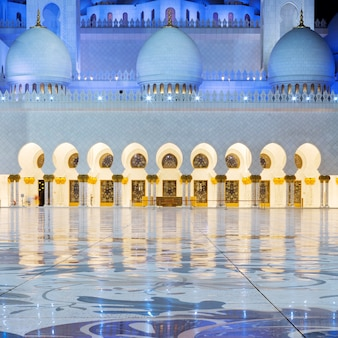 View in the abu dhabi sheikh zayed mosque by night, uae.