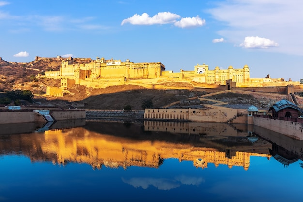 View of amber fort in jaipur, rajasthan, india.