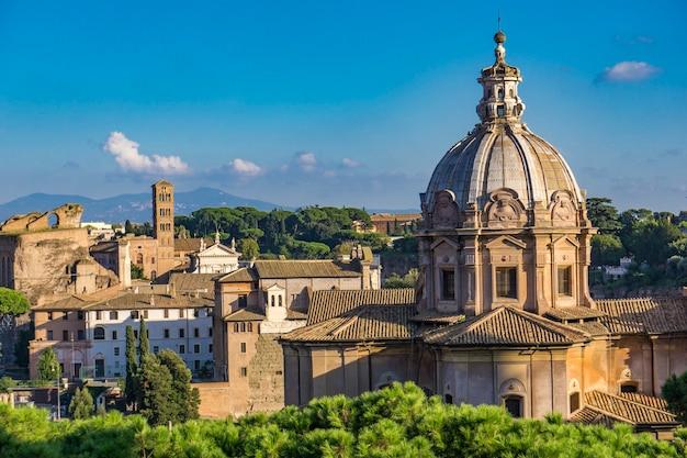 イタリア、ローマのchiesa dei santi luca emartinaで見る