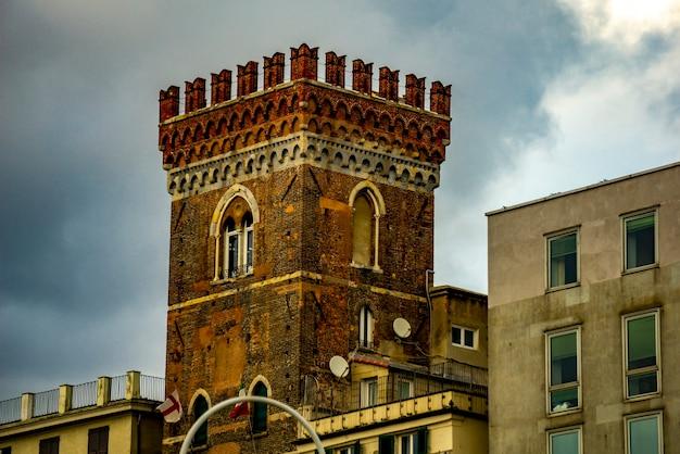 イタリア、ジェノヴァのmorchiタワー(torre dei morch)での眺め
