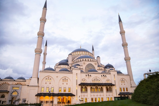 View of camlica mosque with gardens in front of it, cloudy weather in istanbul, turkey