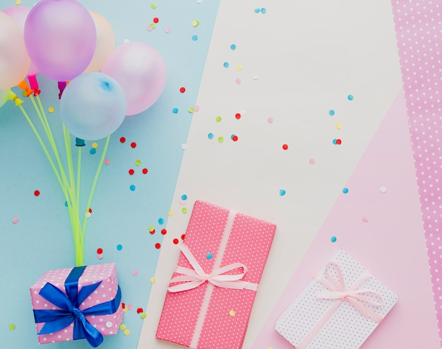 Above view decoration with balloons and gifts