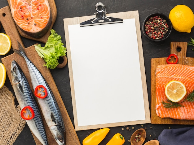 Sopra vista deliziosa disposizione di pesce