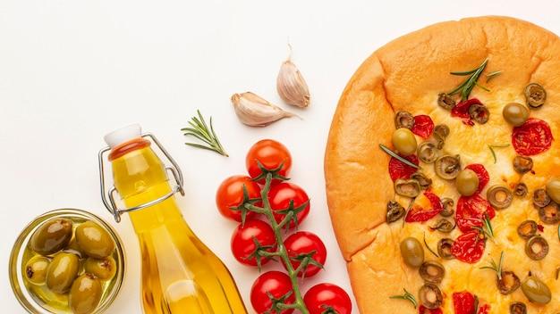 Sopra la vista della cornice di cibo delizioso