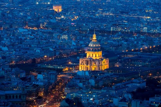 View on the eiffel tower, arc de triomphe, les invalides.