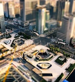 超高層ビルの屋上からの眺め