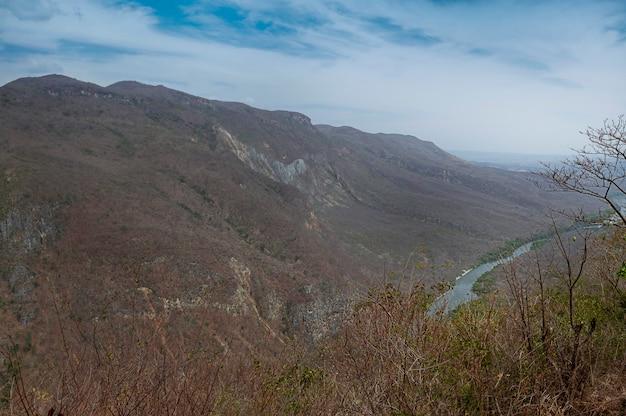 スミデロキャニオンチアパスメキシコの上からの眺め