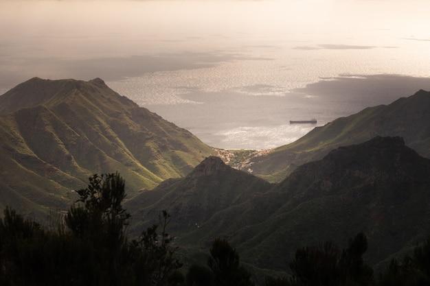 Взгляд от парка anaga сельского в северной части тенерифе, канарских островов, испании.