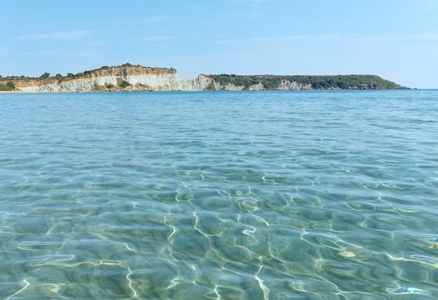 Gerakas 해변에서 봅니다. 여름 해안선 그리스, 자킨 토스, 이오니아 해.