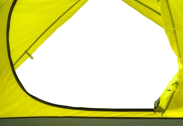 흰색 배경에 격리된 노란색 캠핑 텐트 내부에서 봅니다. 여행 디자인 요소