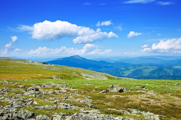 Вид с горного перевала