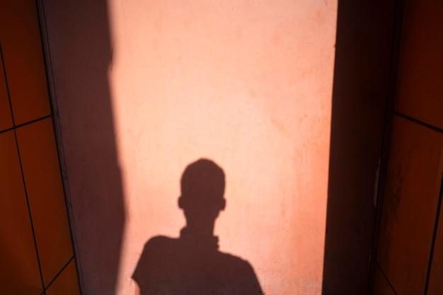 抽象的な屋外の日光の影のビュー