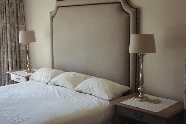 ベッドルームのインテリアの眺め