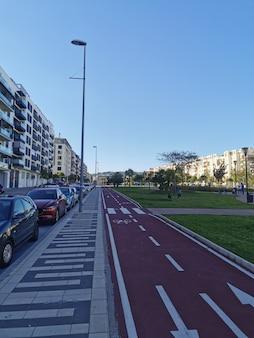 Teatinos地区の自転車レーンの眺め