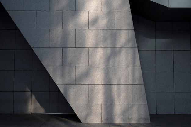 일광 그림자가 있는 도시 건물의 보기
