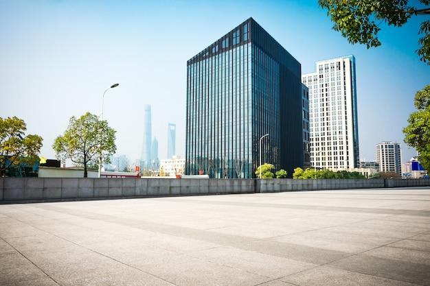 Вид на центр города, северную каролину с уровня улицы, изображение hdr