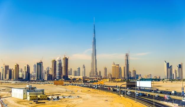 아랍 에미리트 연방에있는 두바이 다운 타운의보기