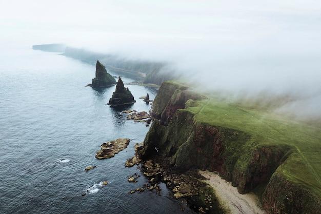 스코틀랜드 duncansby sea stacks의 전망