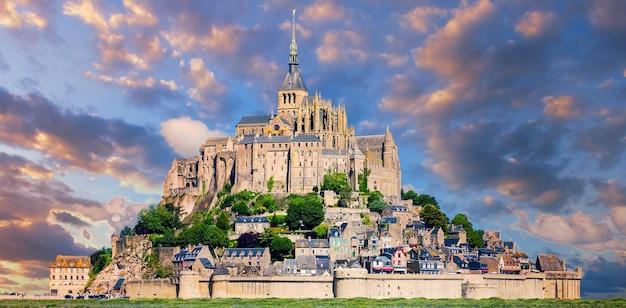 유명한 몽생 미셸, 프랑스, 유럽의 전망.