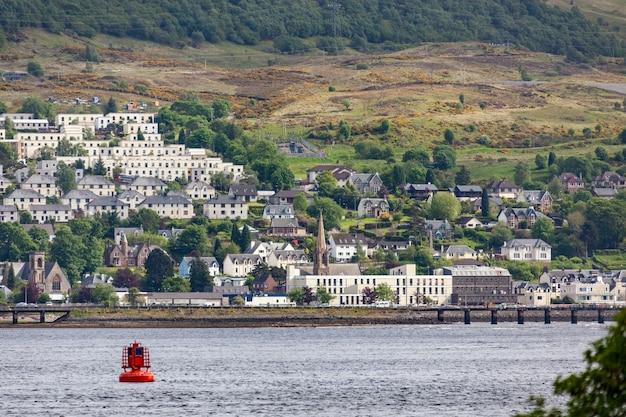 스코틀랜드의 웨스트 하이랜드에 있는 포트 윌리엄의 전망