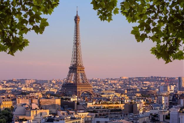 Вид парижа во франции