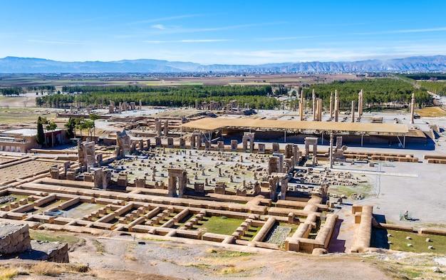 Achaemenid 제국의 수도 인 persepolis의 전망-이란