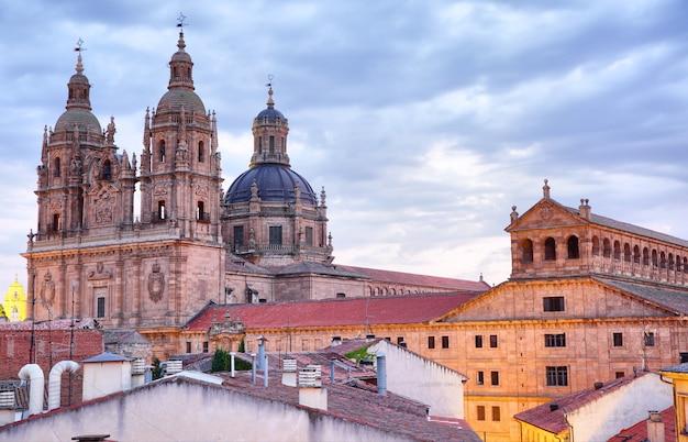 황혼, 스페인 살라망카의 보기