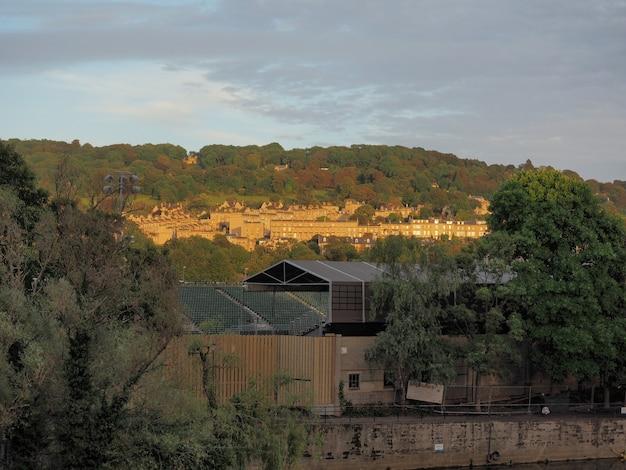 Вид на город бристольские холмы