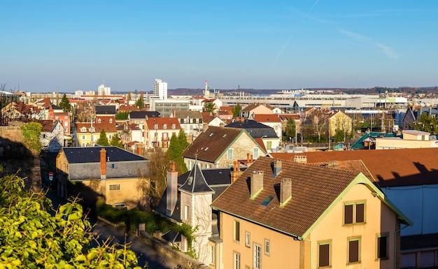 モンベリアールの街の眺め-フランス、ドゥー