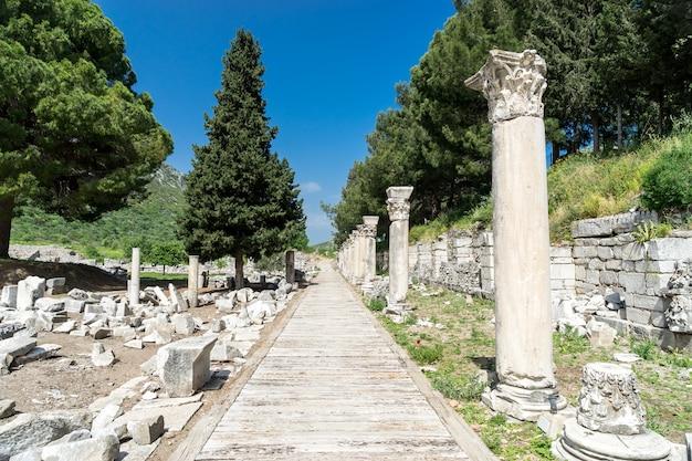 에베소 고대 도시의 전망
