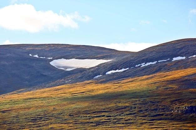 노르웨이 산의 빙하보기