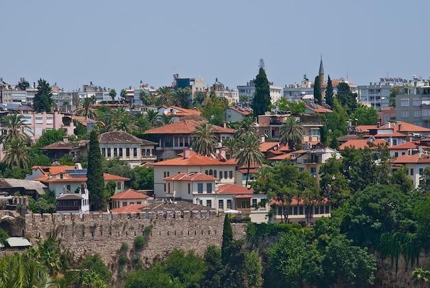 Вид на старый город анталия