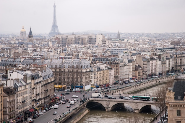 세 느 강과 에펠 탑 파리, 프랑스의보기