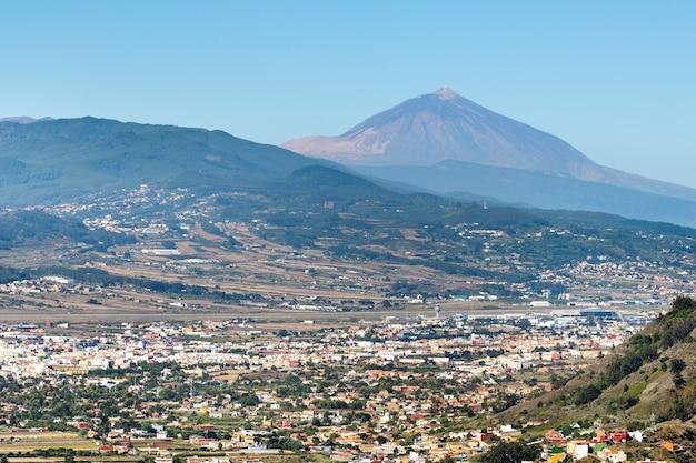 테네리페 섬의 테이데 화산의 전망. 카나리아 제도, 스페인