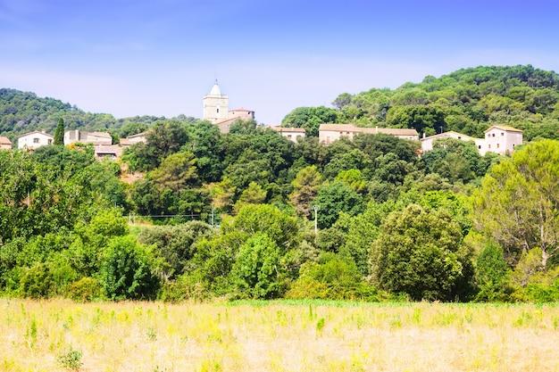 Vista della vecchia città catalana - esponella
