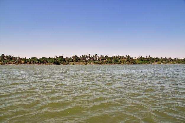 スーダンのナイル川の眺め