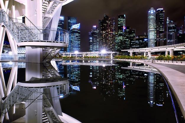 Вид на центр сингапура из музея искусствознания
