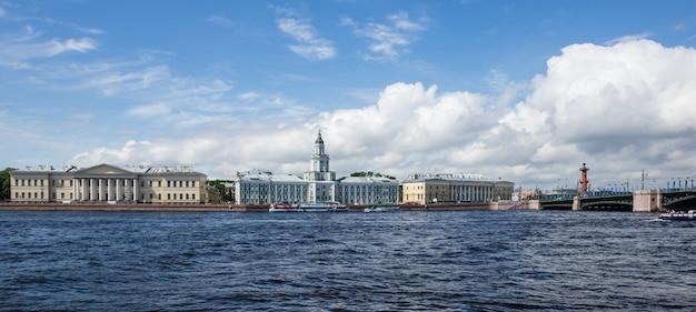 View of the vasileostrovskaya embankment in saint-petersburg
