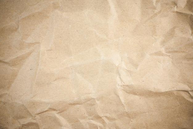 ビネットブラウンのしわくちゃの紙