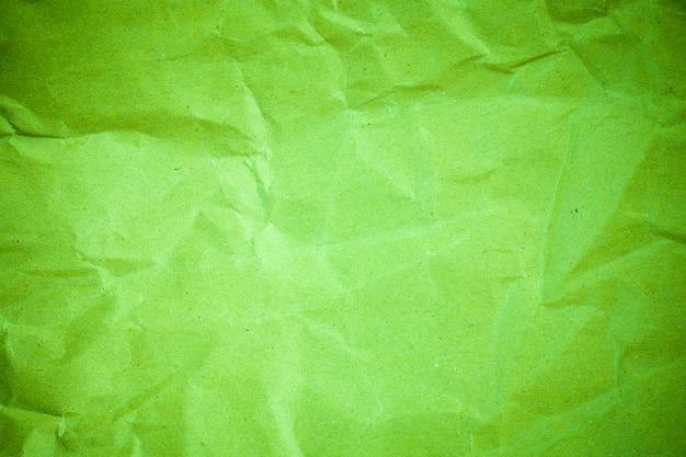 ビネットグリーンのしわくちゃの紙