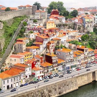 Район вила-нова-де-гайя в порту, португалия