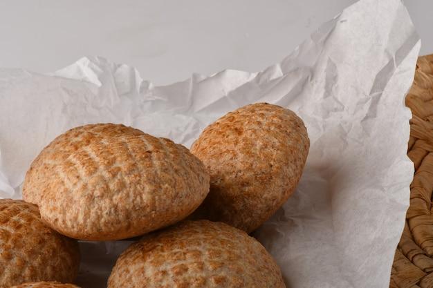 村のパン丸いパンパンショーケースベーカリー